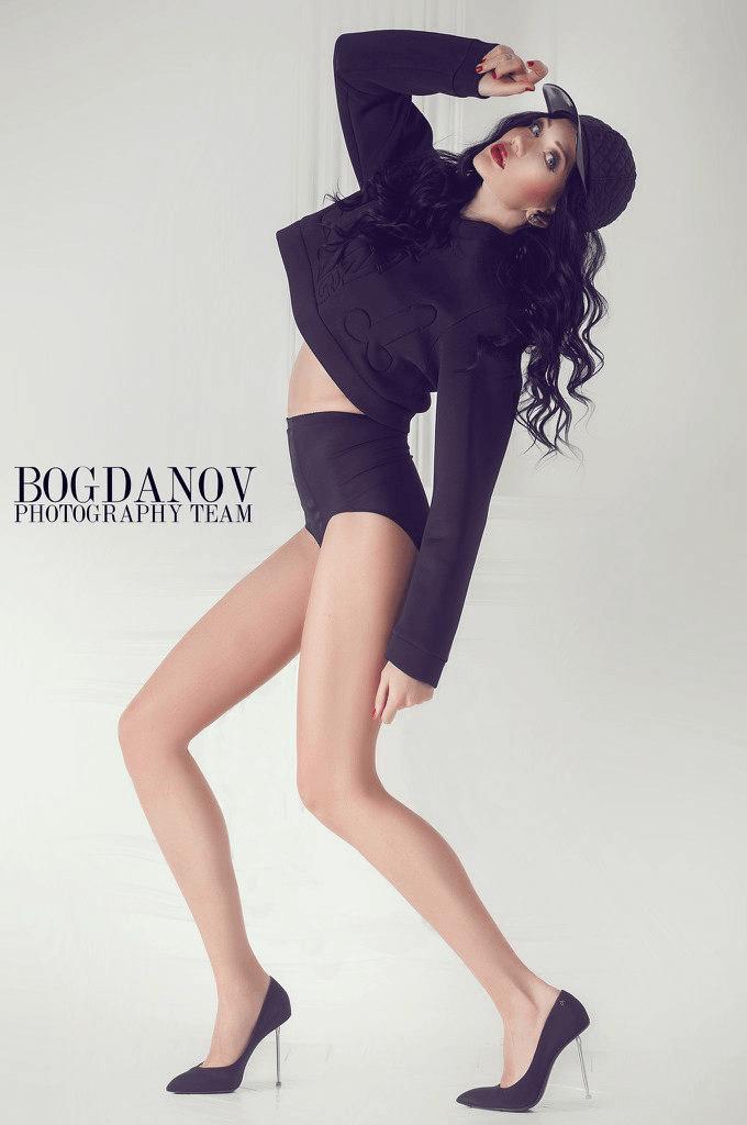 Fashion designer: Julia Lapshina
